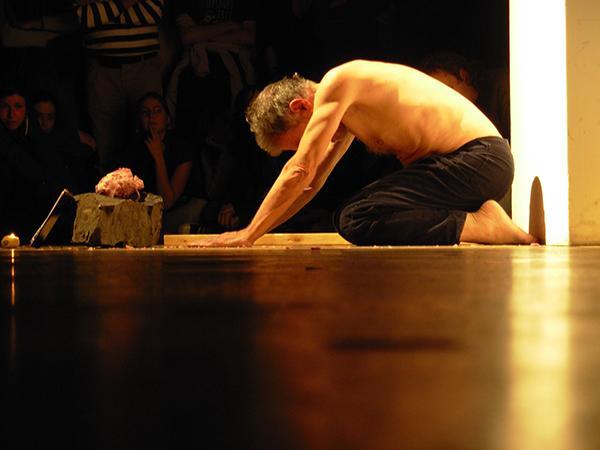 Ciclo anual de performances Clemente Padín